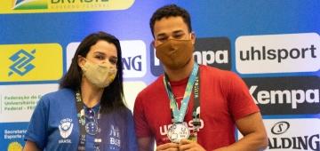 Estudante UNIESP Adiel Brito ficam em segundo lugar na Luta Olímpica nos JUBs